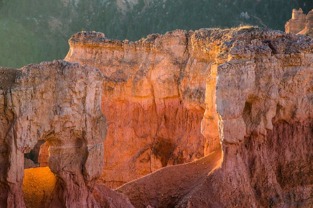 Sunrise in Bryce Canyon